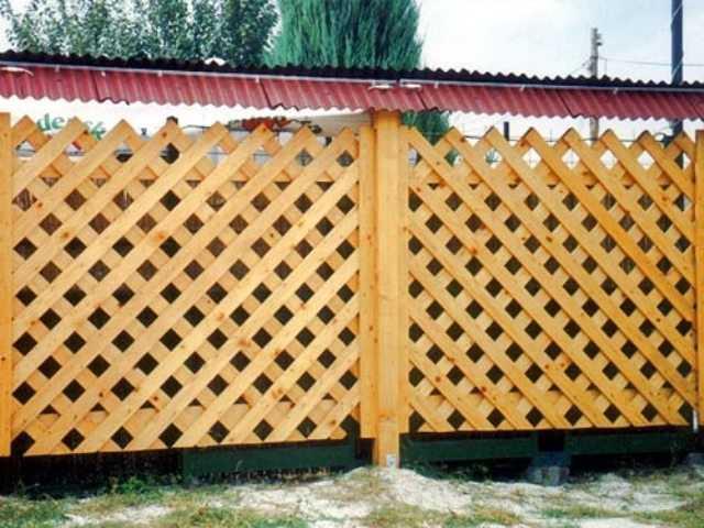 Деревянные заборы решетка